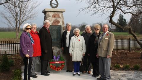 Mansfield Cenotaph Restoration Nov 2012 Group Photo